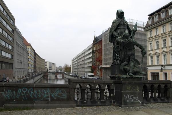 Berlin. Die Gertrauden-Brucke.